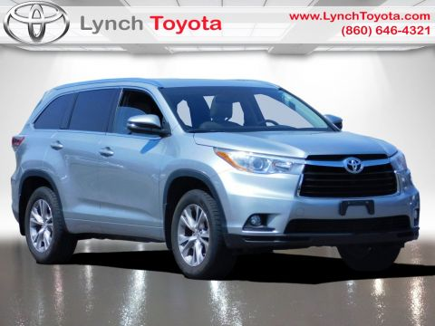 Pre-Owned 2015 Toyota Highlander XLE AWD